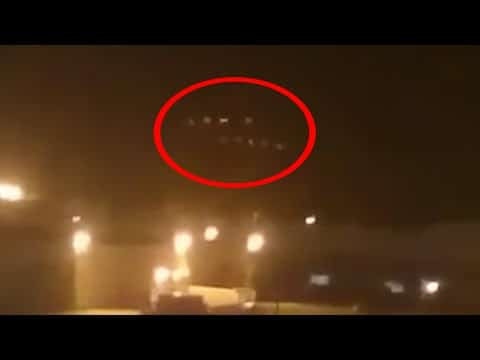 Return Of The Phoenix Lights? Scared Witness Freaks Out During UFO Sighting – Japan