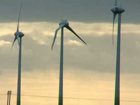 UFO Crash Hits Wind Turbine in Lincolnshire